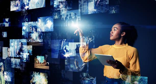 Konzept der visuellen Inhalte. Social-Networking-Dienst. Streaming-Video. Kommunikationsnetz. – Foto