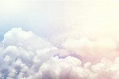 鮮やかなカラフルな雲、カラフルな空