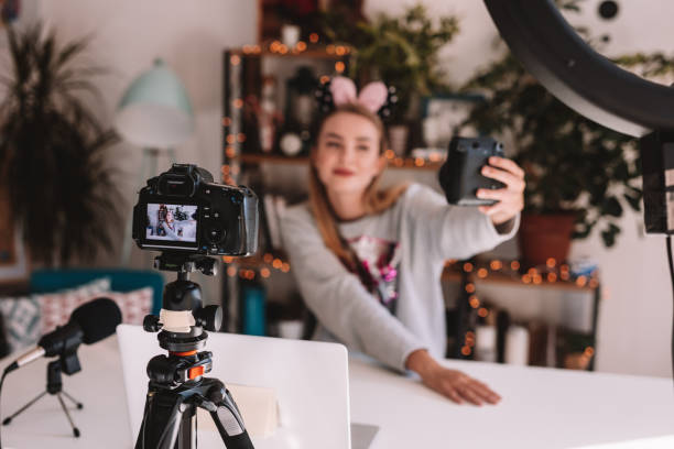 vlogging - génération z photos et images de collection
