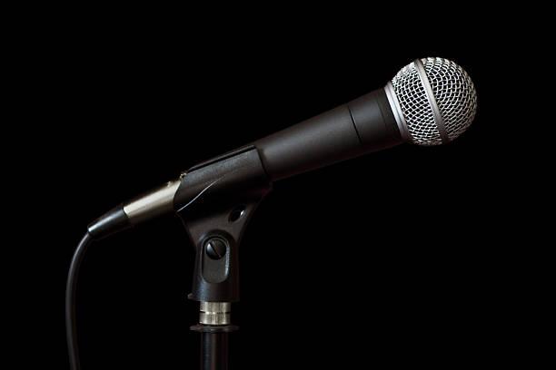 gesang mikrofon auf der stelle - notenständer stock-fotos und bilder