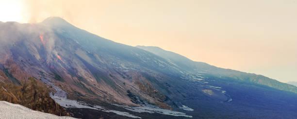 volcanic landscape – zdjęcie