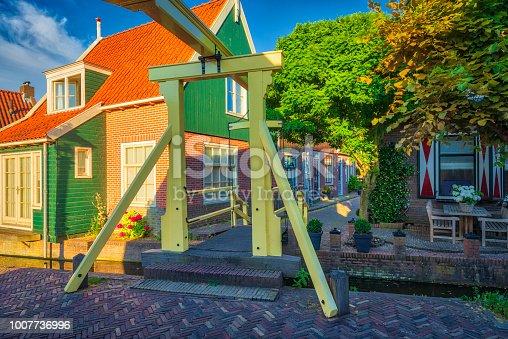 872969580istockphoto Volendam - small historical Dutch village (HDRi) 1007736996