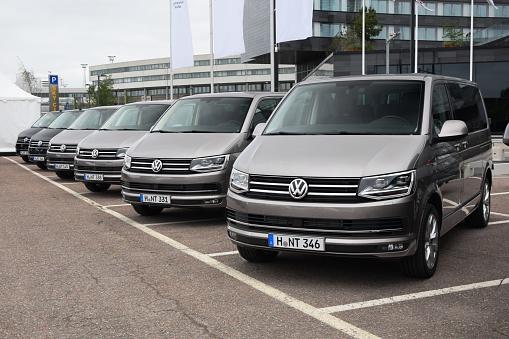 Volkswagen Die Autos In Einer Reihe Stockfoto und mehr Bilder von Abenteuer