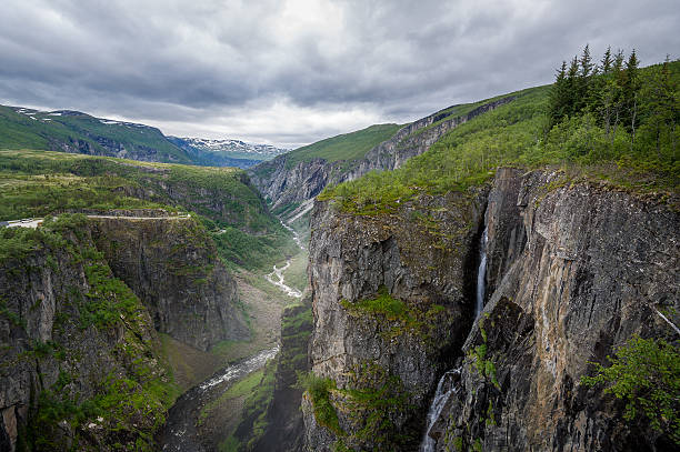 Voringsfoss valley scenic canyon landscape with waterfalls. – Foto