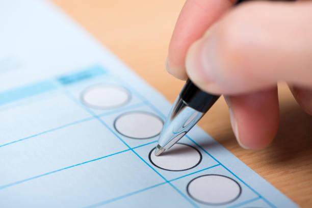 Stimmabgabe Stimmzettel – Foto