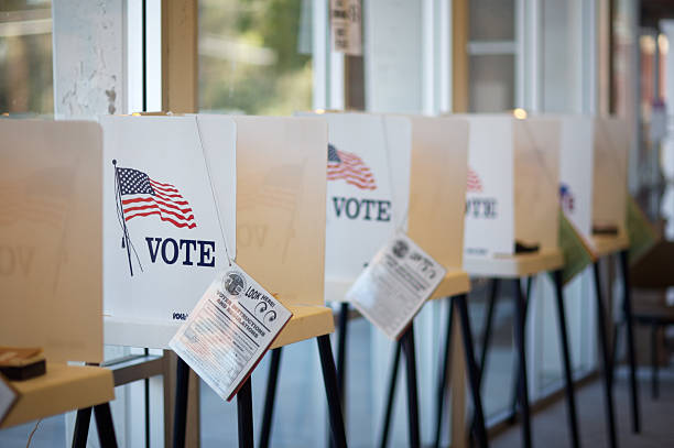 voting booths - polling place stock pictures, royalty-free photos & images
