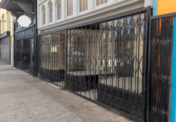 wafel beveiliging gate - dicht stockfoto's en -beelden