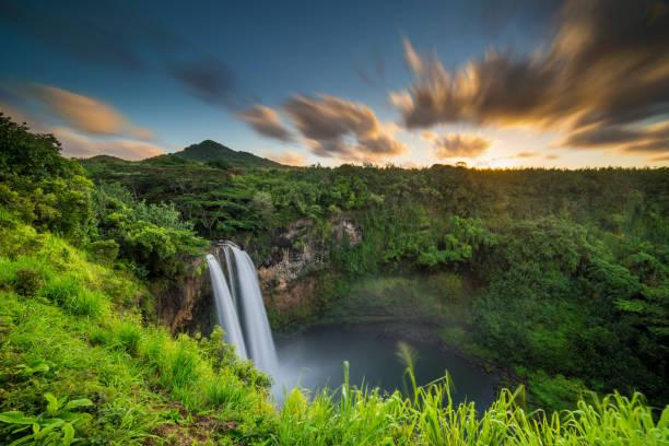 Wailua Falls Hawaiian Wasserfall – Foto