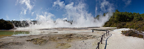 """Wai-O-Tapu Thermal Wonderland in New Zealand """"Geo-thermal springs and lakes in the Wai-O-Tapu Thermal Wonderland, New Zealand"""" whakarewarewa stock pictures, royalty-free photos & images"""