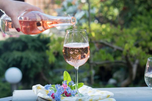 Los Días De Vino Rosas Banco De Fotos E Imágenes De Stock