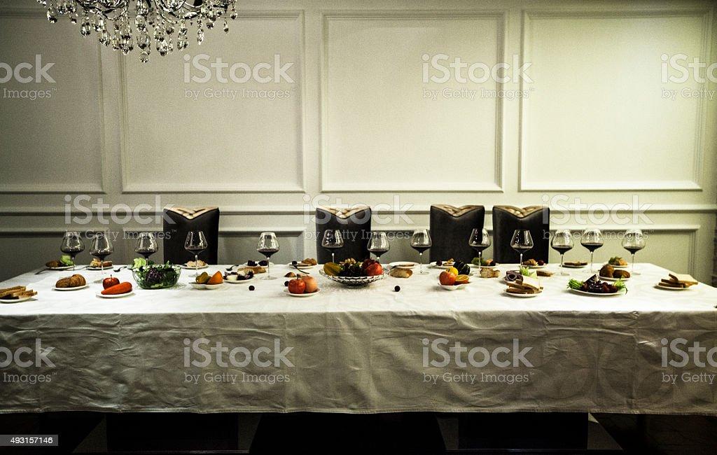 Warten 13 Gäste für Abendessen – Foto