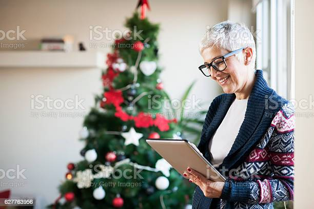 Waiting for christmas picture id627763956?b=1&k=6&m=627763956&s=612x612&h=7oinzouknm0 0famfjbucmiu u8x8zfmlk34l82hvie=