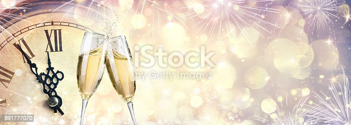 istock Waiting For Midnight - New Year Celebration With Champagne 891777070