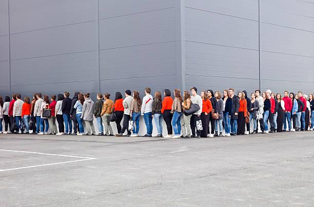 Waiting in line picture id134486445?b=1&k=6&m=134486445&s=612x612&w=0&h=pchuzz7cc9djferiiwezliswkvhdgjac jphyip9shm=