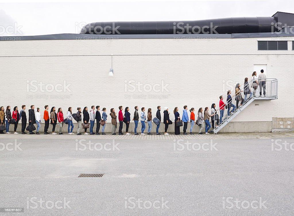 Esperar na fila - Foto de stock de Acessibilidade royalty-free