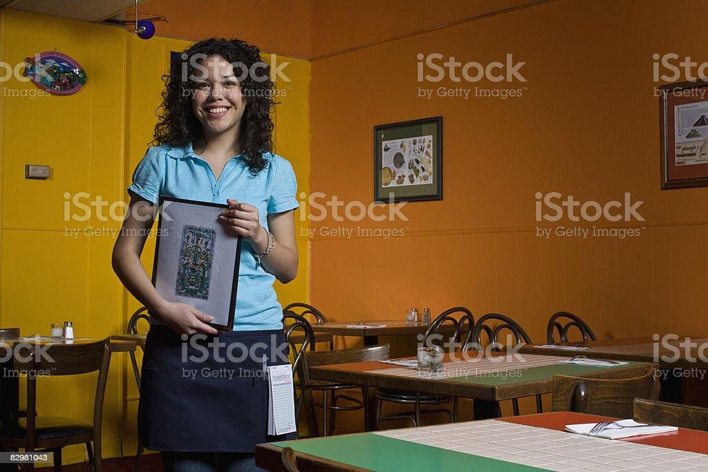 Kelnerka w Restauracja meksykańska zbiór zdjęć royalty-free