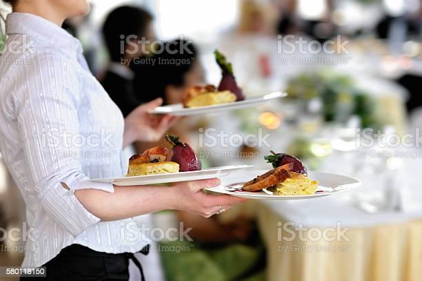 Waitress is carrying three plates picture id580118150?b=1&k=6&m=580118150&s=612x612&h=lajnmeff8dtpqb2dzcgiixpu6l3fpddqjl5 mrlufvo=