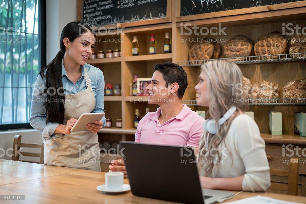 Mittagessen Termine Dating-Dienstleistungen
