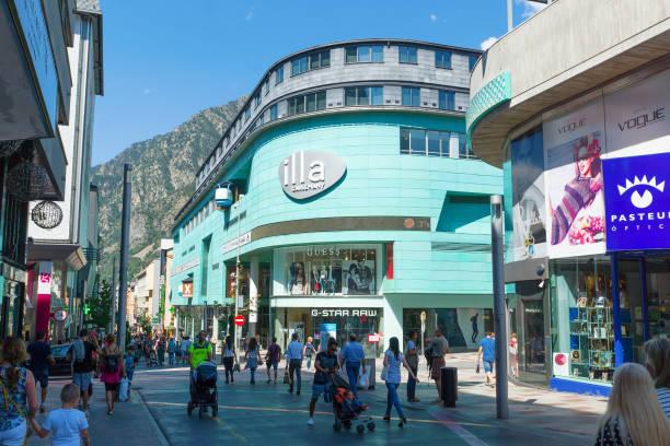 Walk around the capital of Andorra – zdjęcie