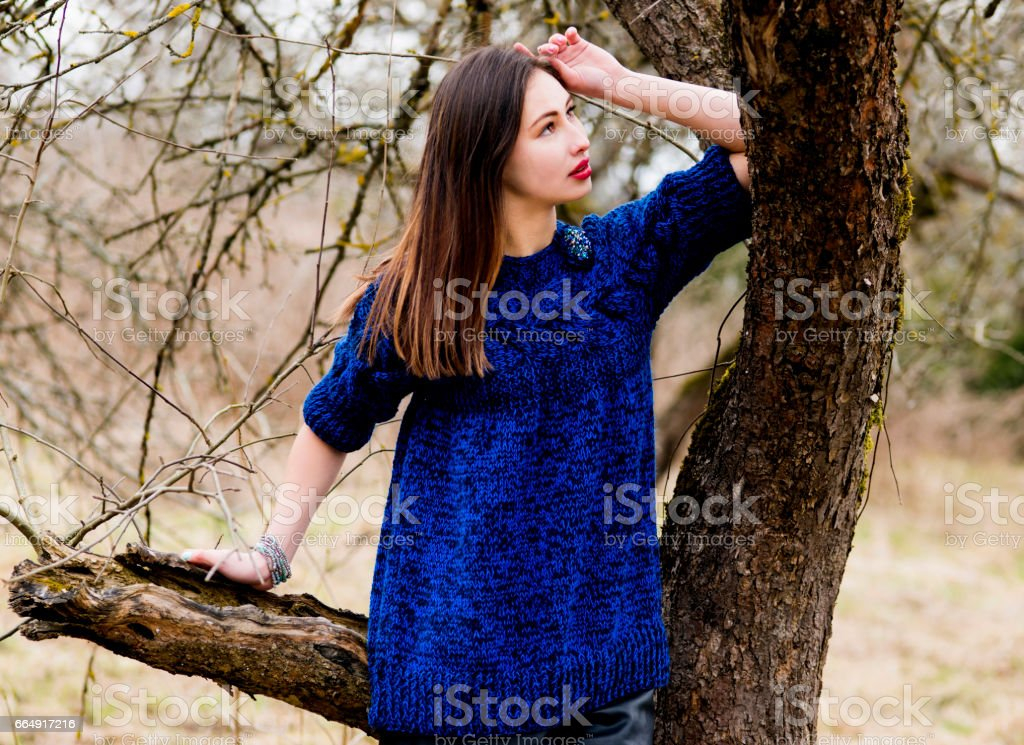 Walk on the village, the woman happy foto stock royalty-free
