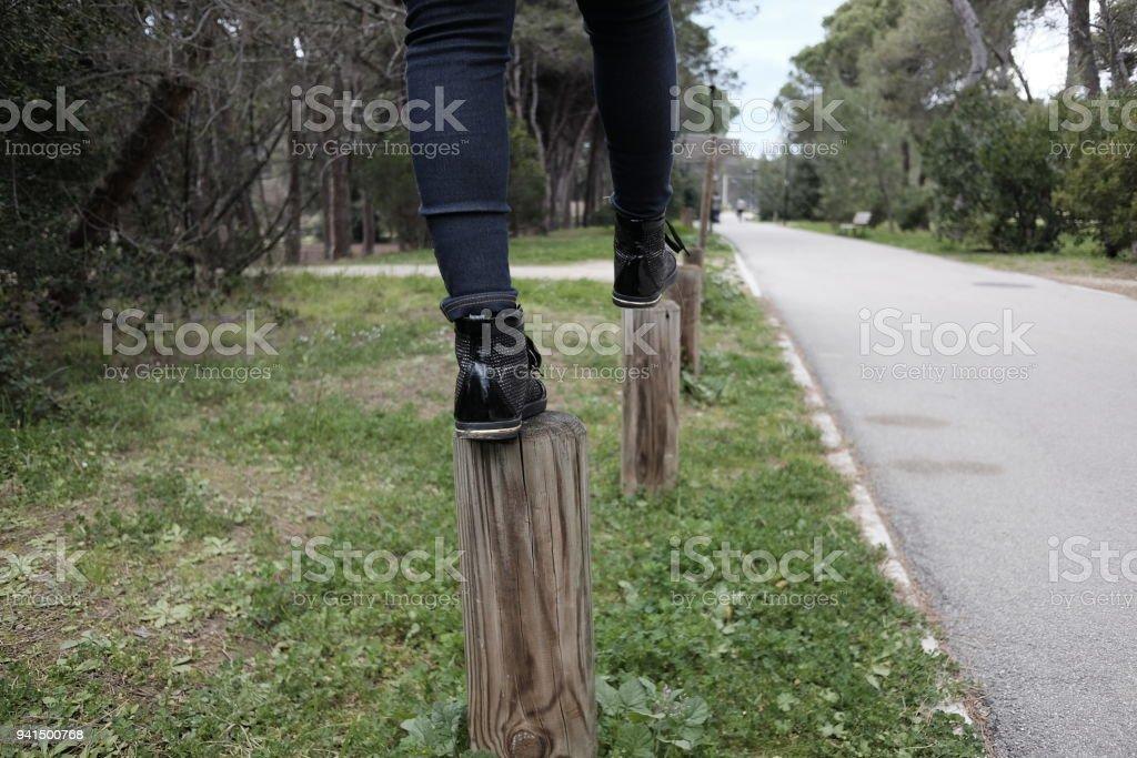 Fotografía de Caminar En Pilones De Madera y más banco de imágenes ...