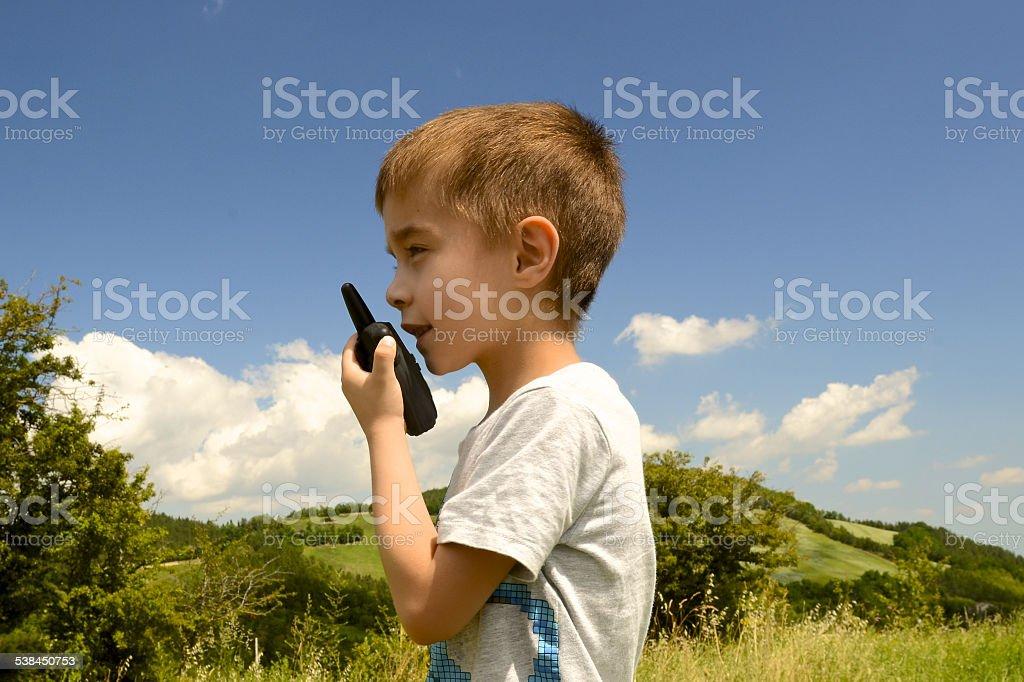 walkie-talkie und Kind im Freien – Foto