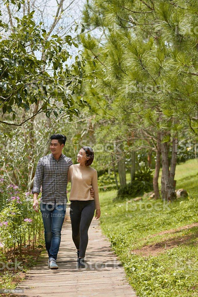 Walking für Paare Lizenzfreies stock-foto