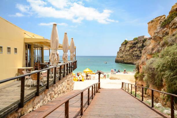 Fußweg zum Praia da Senhora da Rocha - Strand in der Nähe von Lagoa, Algarve Portugal – Foto