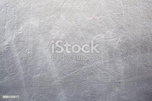 826150670istockphoto Wall metallic luster 696445812