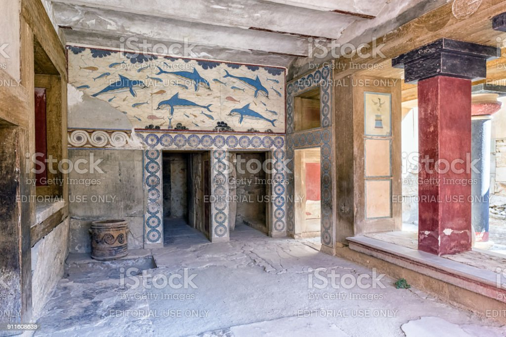 Wall painting at Knossos palace, crete - Greece stock photo