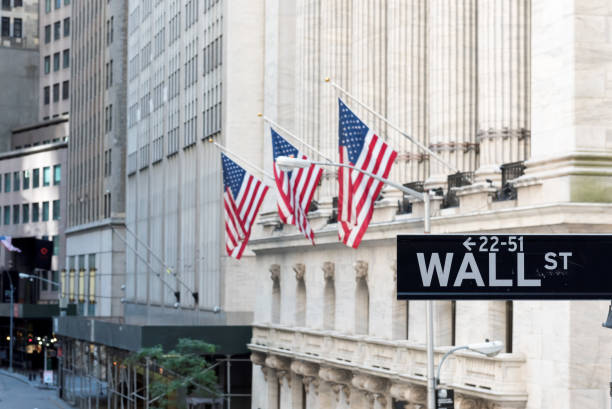 wall street sign in new york city - new york stock exchange stock pictures, royalty-free photos & images