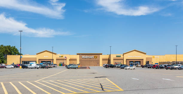 walmart and parking lot, cherryville, nc. - walmart стоковые фото и изображения