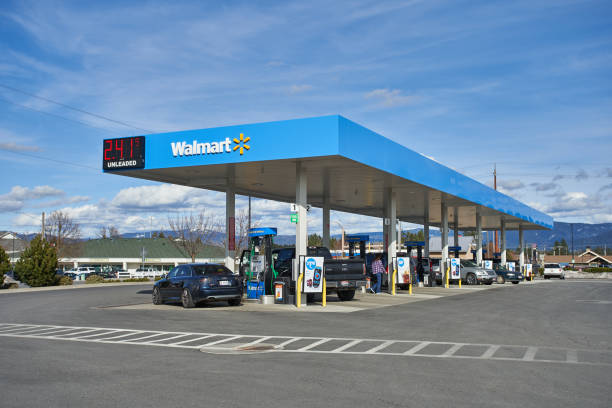 Walmart Gas Station Coeur d'Alene, Idaho, USA - Mar 26, 2019: A Walmart gas station. wal mart stock pictures, royalty-free photos & images
