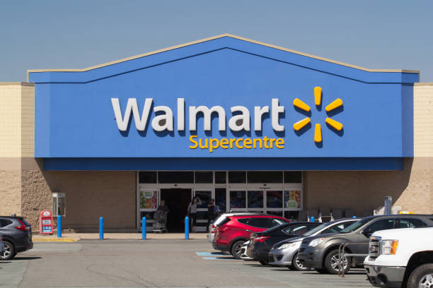 Walmart Storefront Truro, Canada - June 04, 2019: Walmart storefront. Walmart is an American corporation with chains of department and warehouse stores. There are more than 11,000 stores in 27 countries. wal mart stock pictures, royalty-free photos & images