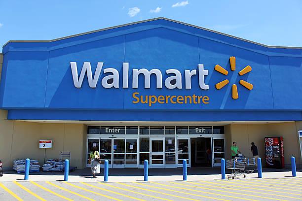 walmart supercentre storefront - walmart zdjęcia i obrazy z banku zdjęć