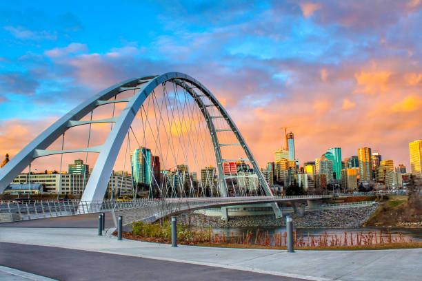 Walterdale Bridge Sunset A beautiful and colorful sunset over the city of Edmonton alberta stock pictures, royalty-free photos & images