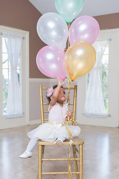 ich will meine ballons - prinzessinnen tutu stock-fotos und bilder