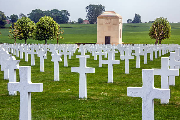 War Cemetery - La Somme - France La Somme, France - June 2, 2012: The American Cemetery in the Vallee de la Somme in the Le Nord and Picardy region of France. The Battle of the Somme took place in the First World War between 1st July and 21st November 1916. Over 600,000 allied and 465,000 German troops lost there lives in the battle. somme stock pictures, royalty-free photos & images