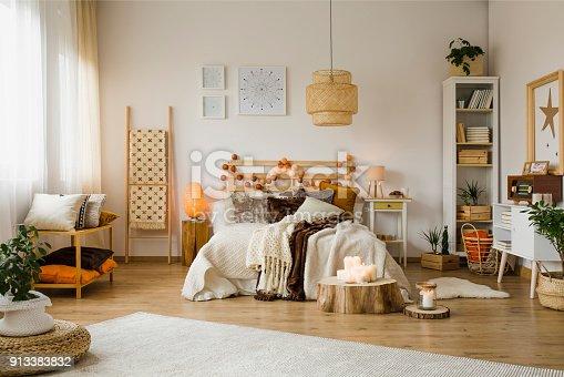 istock Warm bedroom interior 913383832