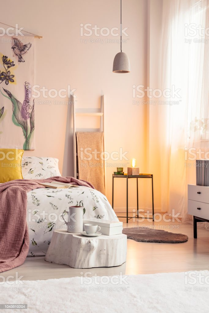 Warmen Lampe Licht Innen Einen Weichen Farben Schlafzimmer ...
