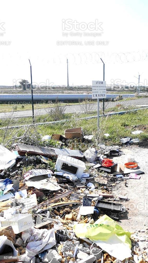 Warning, Forbidden To Deposit Rubbish And Debris, Subject To Fine stok fotoğrafı