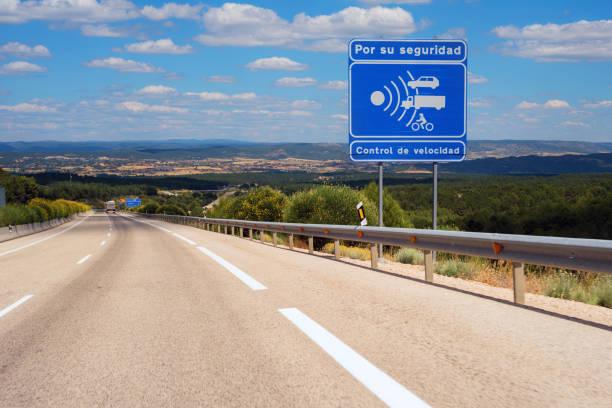 warning radar sign in spanish highway. - radar foto e immagini stock