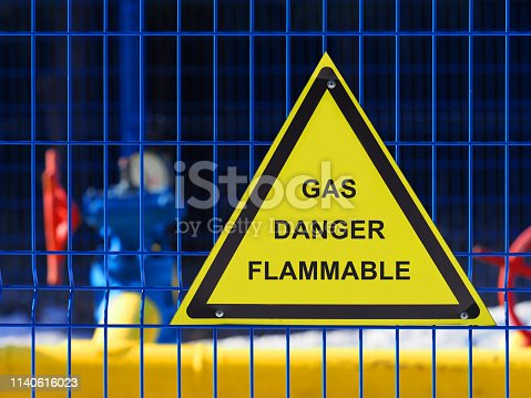 istock Warning sign dangerous flammable gas, gas equipment, storage area of industry 1140616023