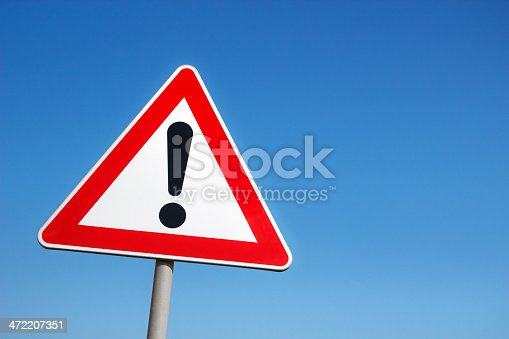istock Warning sign 472207351