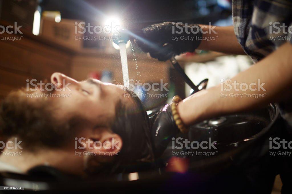 Client-Haare waschen Lizenzfreies stock-foto