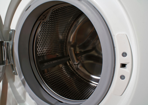 https://www.istockphoto.com/photo/washing-machine-gm145121603-5338212?utm_source=pixabay&utm_medium=affiliate&utm_campaign=SRP_image_sponsored&referrer_url=http%3A//pixabay.com/images/search/front%2520load%2520washing%2520machine/&utm_term=front%20load%20washing%20machine