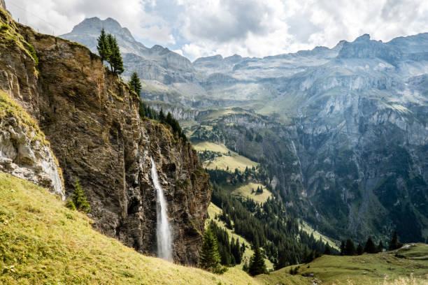 Wasserfall reifstes Spiggengrund, Vom Kiental Nach Lauterbrunnen, Schweiz – Foto
