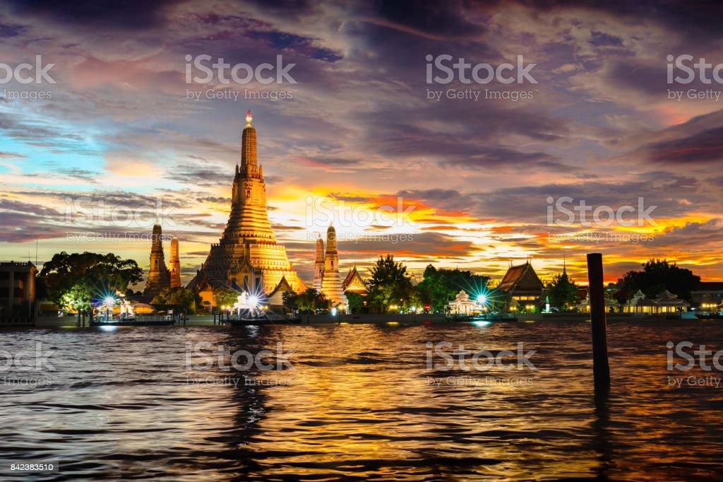 Wat Arun temple at twilight stock photo