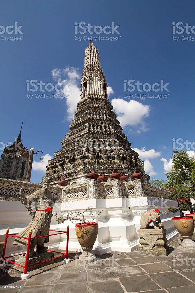 Wat arun wararam bangkok thailand stock photo