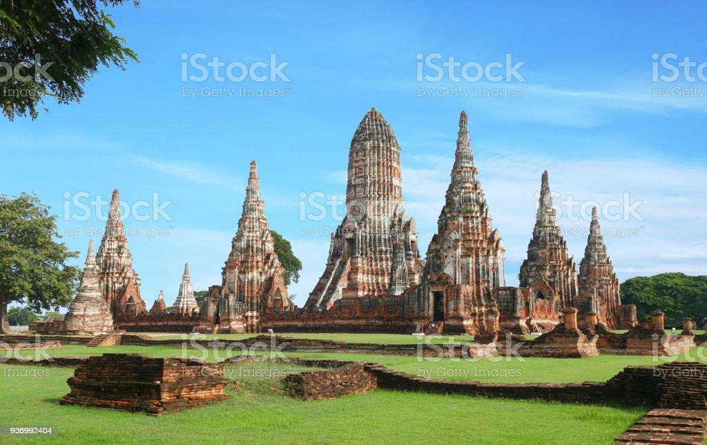 Wat Chaiwatthanaram temple bouddhiste - Photo